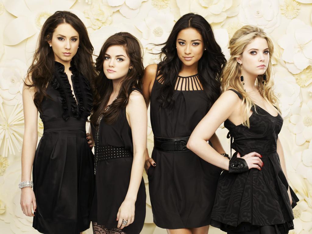 [Freeform] Pretty Little Liars (2010-201?) Pretty-little-liars-promo-saison-1-4486018bcpjg
