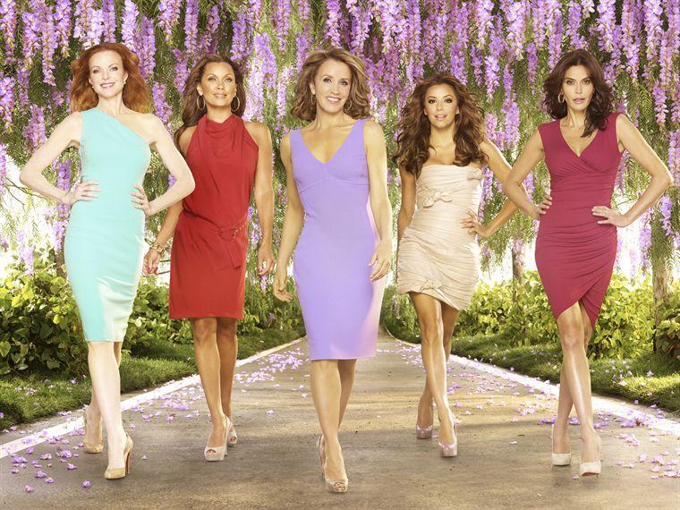 http://s.excessif.com/mmdia/i/03/4/desperate-housewives-saison-7-serie-creee-par-charles-pratt-10461034eiuyv.jpg?v=2