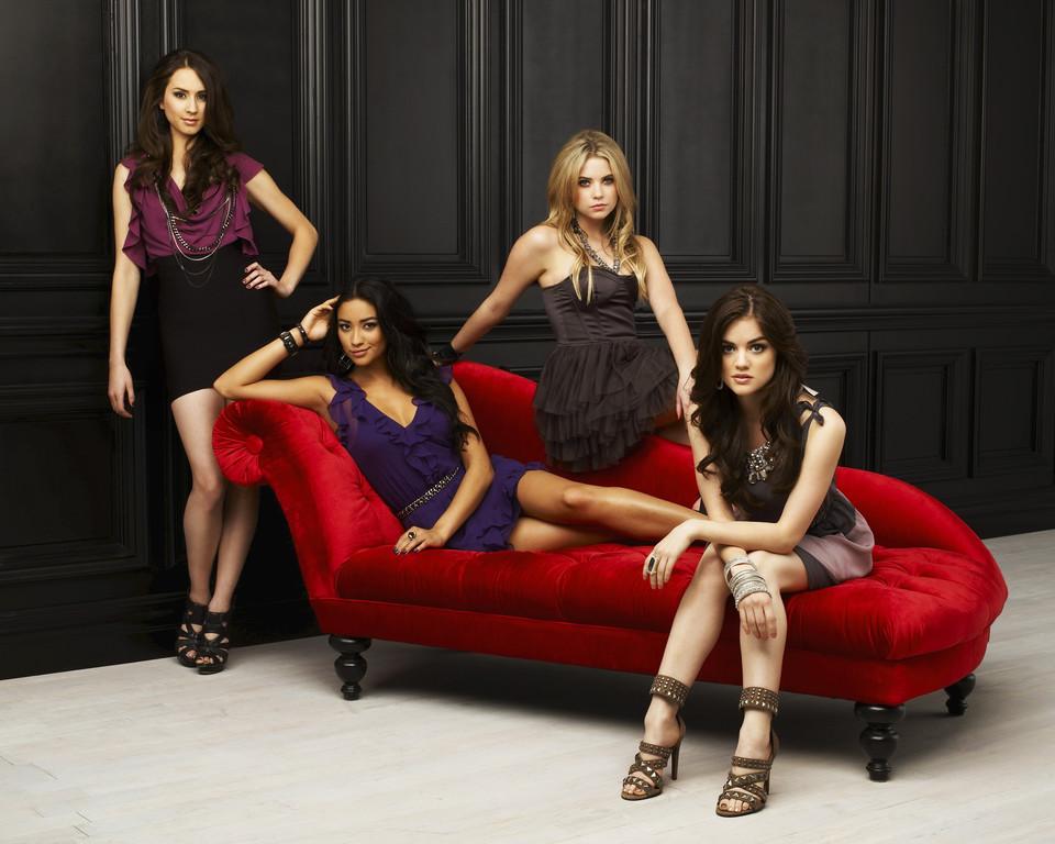 [Freeform] Pretty Little Liars (2010-201?) Pretty-little-liars-promo-saison-1-4486069jemgv