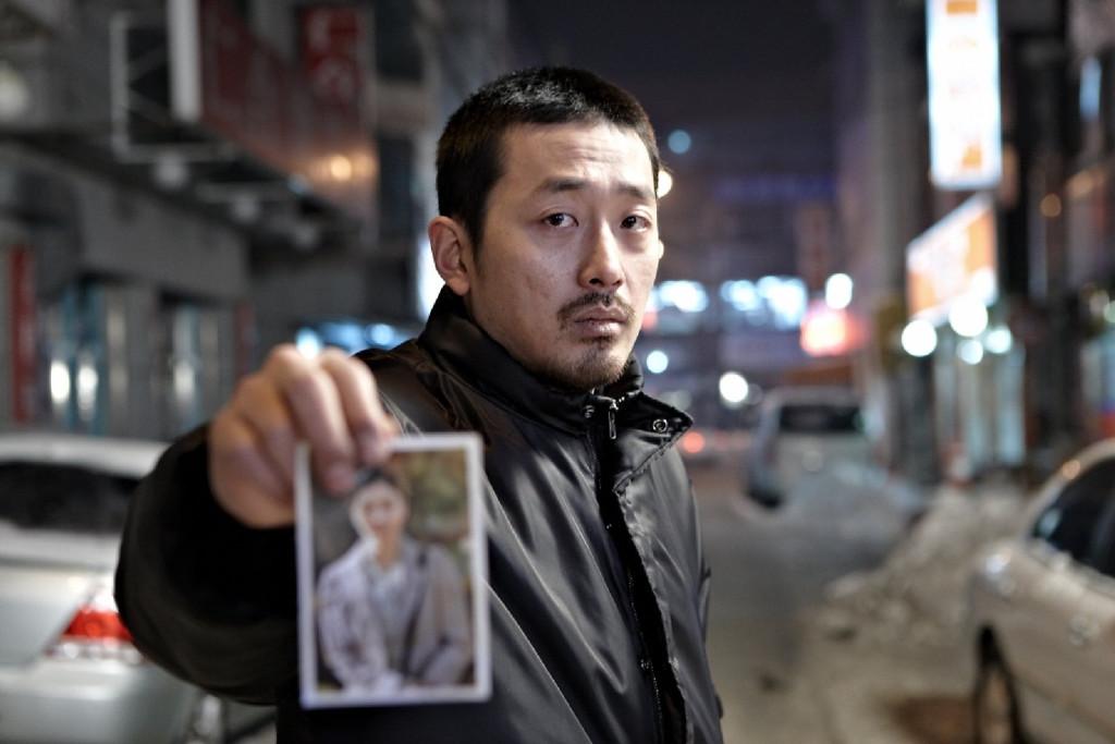 THE YELLOW SEA aka THE MURDERER (2010) The-murderer-the-yellow-sea-de-na-hong-jin-10454852hgoqa