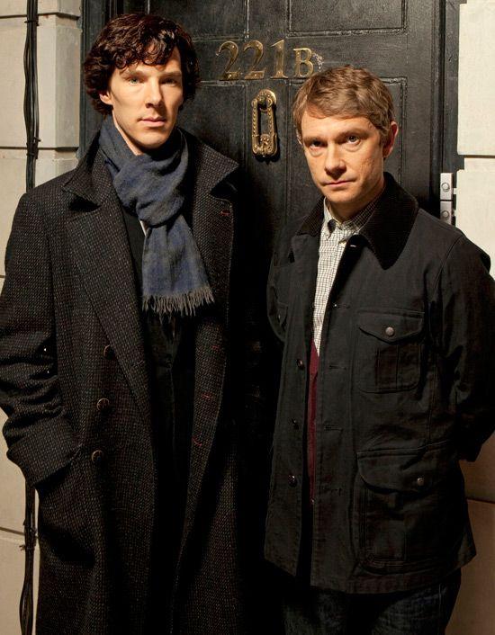 Sherlock Mark-gatiss-en-2009-avec-benedict-cumberbatch-martin-freeman-5541910chmyj